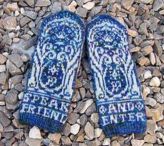 Mines of Moria Lord of the Rings Mittens! Gah! Have to make!