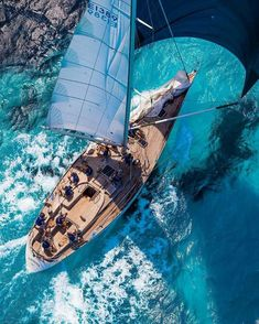 Most Popular Power Boats and Why to Use Them – Voyage Afield Catamaran, Boat Wallpaper, Classic Yachts, Its A Mans World, Yacht Boat, Sail Away, Tall Ships, Water Crafts, Sailing Ships