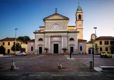 Ed eccoci ad Affori: Santa Giustina Foto di Franco Brandazzi #milanodavedere Milano da Vedere