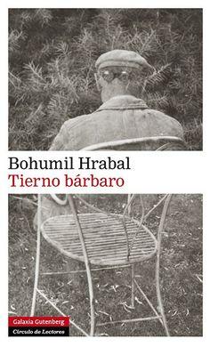 Bohumil Hrabal escribiu Tenro bárbaro en 1973 cando a súa obra estaba prohibida polo réxime político instalado no poder trala invasión de Checoslovaquia por parte do exército soviético que puxo fin á Primavera de Praga. Vive só na súa casa no bosque de Kersko, inhabilitado polos comunistas para calquera emprego. Está preto de cumprir os sesenta anos, e a nostalxia apodérase a miúdo del, nostalxia dos seus amigos desaparecidos, como o pintor e poeta Vladimír Boudník protagonista desta novela