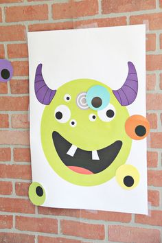 Up the fun factor in your next Halloween party with this adorable Pin the Eye on the Monster game. Kids will love this fun game! Birthday Games For Kids, Monster Birthday Parties, Halloween Games For Kids, Theme Halloween, Toddler Halloween, Kids Party Games, Halloween Birthday, Halloween Activities, Halloween Crafts