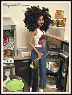 """Thirsty""? Barbie Kitchen, Barbie Diorama, Doll Display, African American Dolls, Realistic Dolls, Vintage Barbie Dolls, Black Barbie, Barbie World, Barbie Friends"
