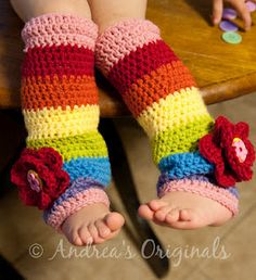 Pattern for another alternating petal flower, but I want to make these legwarmers!