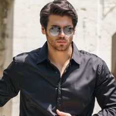Can Yaman - actor Stylish Mens Haircuts, Stylish Mens Outfits, Turkish Men, Turkish Actors, Turkish Beauty, Frases Coaching, Beard Lover, Men Formal, Gorgeous Men