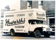 old removals lorries Bedford Van, Bedford Truck, Vintage Trucks, Old Trucks, Automobile, Old Wagons, Roadster, Army Vehicles, Commercial Vehicle