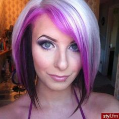 Gorgeous White, Pink & Purple hair. don't know if I'll ever be brave enough to do it but it's so cute