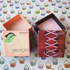 Sweet or sexy? Peach or pink? #TBT to box o' powders georgia and thrrrob. Which did you prefer, gorgeous? #benefitbeauty