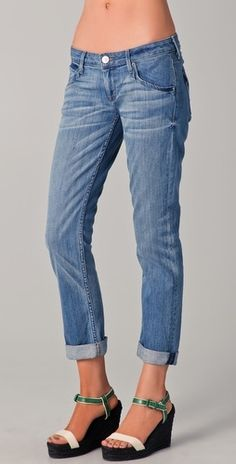 Hudson Bacara Crop Straight Leg Jeans - StyleSays