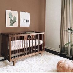 Jedidiah Matthew Ideen Baby Boy Nursery Brown Crib Making a star out of your child Copyright 200 Baby Boy Rooms, Baby Bedroom, Baby Room Decor, Baby Boy Nurseries, Baby Cribs, Nursery Room, Girl Nursery, Nursery Decor, Animal Nursery