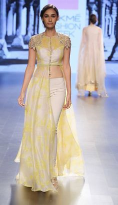 Lakme Fashion Week Summer/Resort 2016 Day 2 & Amrich, Gaurang, SVA, Vrisa by… Indian Attire, Indian Ethnic Wear, Indian Outfits, Indian Dresses For Women, Indian Gowns, Western Outfits, Fashion Week 2016, Lakme Fashion Week, Indian Designer Outfits