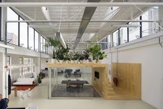 Jvantspijker urbanism architecture has redesigned the main space of an old steam factory in Rotterdam, to become an open loft office. Creative Office Space, Office Space Design, Workspace Design, Loft Design, Office Interior Design, Warehouse Office, Loft Office, Office Meeting, Meeting Rooms
