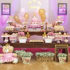 Festa Ursas Princesa, muito especial para linda Bruna #bruna1ano #festaursinhas #festaursasprincesa #ursinhasrosa #latelierfestas #lateliercriacoes #partydecor #kidsparty #partyideas #festamenina