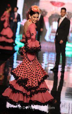 Fotografías Moda Flamenca - Simof 2013 - SONIA  ISABELLE - Sonibel Vintage - Foto 04