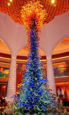 Pantone Spring 2104 colors. Celosia Orange and Dazzling Blue. Atlantis Hotel Glass Sculpture - Dubai.