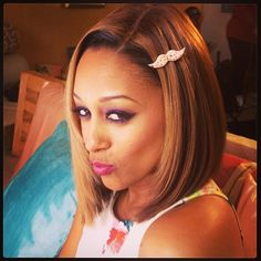 LOVE Tia Mowry's hair with the blonde highlights  via (jeugeokarim) Instagram