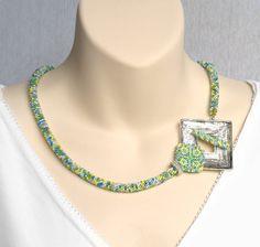 Samenperle häkeln Seil Schmuck, Silber fokale Spange, minimalistischen Halskette, frische Sommer-Schmuck, asymmetrische Halskette, Perle Kunst Schmuck