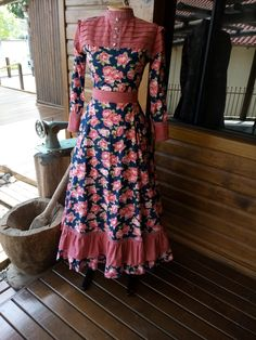 Trendy Dresses, Simple Dresses, Women's Fashion Dresses, Long Gown Dress, Frock Dress, Casual Frocks, Frock Patterns, Baby Dress Design, Batik Fashion