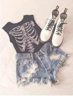 Doc Martens. The perfect outfit. Dark red boots would be better or floral