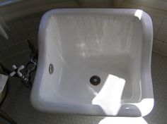 Pittock Mansion: Washbasin. 1914