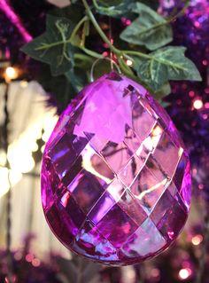 pendente decorativo gioiello viola natalizio http://www.alberti-import-export.com/indice-decnata.asp