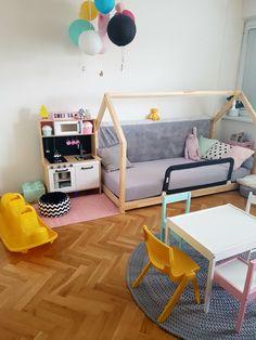 Kids room, girly room
