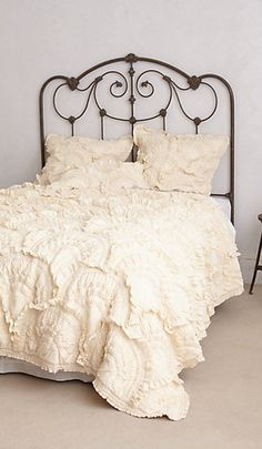 Love the headboard #wishlist