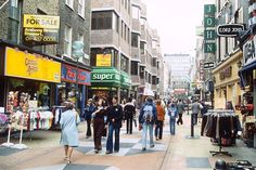 Carnaby Street in 1978. (Picture: Rex) Colourful Life of London in the 1970s | PHOTOGRVPHY