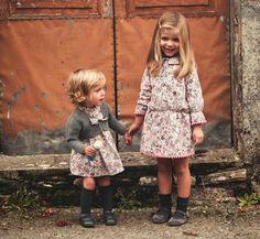 Babuska capas y vestidos para niñas http://www.minimoda.es