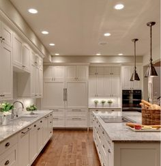 Under Cabinet Lighting for a Magical Touch in your Kitchen!