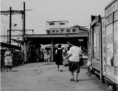 今日は、ほんとうに久しぶりの神社仏閣巡りに出発する。目的は坂東33観音霊場の埼玉3寺。土曜日恒例の、生ごみを出して、出発の準備。今日は寒いのか、暖かいのか?5…