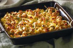 Parsnip & gruyere crumble - http://www.taste.com.au/recipes/27756/parsnip+gruyere+crumble