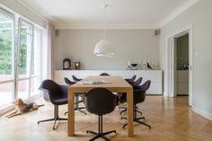 Gärtner Internationale Möbel #Esszimmer #Esstisch #Tisch #Stuhl #Armlehnenstuhl #Vitra #Armchair #Leuchte #Tatou #Urquiola