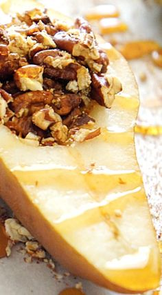 Baked Pears with Pecans, Cinnamon, Nutmeg and Honey