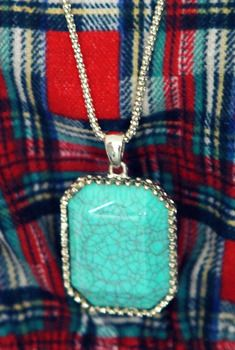 Crack Stone Pendant Necklace from en.aura-j.kr // $7.35