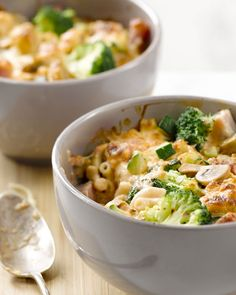 Macaroni met kaas en ham Pasta Recipes, Dinner Recipes, Slow Cooker, Broccoli, Comfort Food, Creative Food, Food Inspiration, Italian Recipes, Macaroni And Cheese