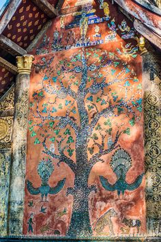 """Mosaic """"Tree of Life"""" is more than beautiful-it tells a story of the temple it is in"""