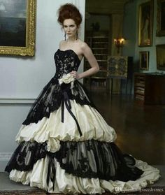 Victorian Style Wedding Dress Black And Ivory Sweetheart Neckline Lace Up Back Tiered Skirt Corset Gothic Bride Gown Vintage Bridal Dresses Long Wedding Dresses Non White Wedding Dresses From Gracedresses, $197.99| Dhgate.Com
