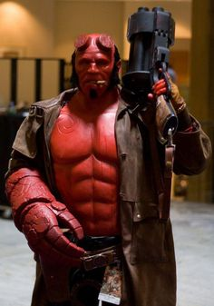 Amazing #Hellboy cosplay seen on http://imgur.com/gallery/LpnWW