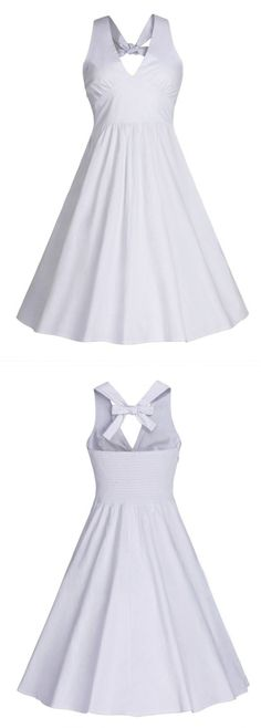 You can wear this dress in multiple times, from an elegant dinner look to a classic wedding look, tranforming in its multi ways. Three color can be chosen.