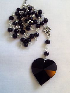 Black Heart Necklace by dillydolllydaydream on Etsy, £10.00