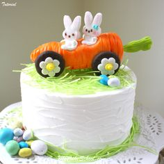 Carrot Car Cake Topper~ Rollin' with my Peeps! Cake Decorating Classes, Cake Decorating Tutorials, Cookie Decorating, Cupcake Tier, Cupcake Cakes, Carrot Cars, Car Cake Tutorial, Fondant Tutorial, Car Cake Toppers