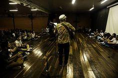 """Cine debate no CEM 02 de Ceilândia, com a apresentação do filme """"lute como uma menina"""" pic.twitter.com/HEoZJqu72i"""