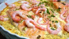 Lax och torskgratäng med räksås - Victorias provkök Salmon Recipes, Fish Recipes, Seafood Recipes, Healthy Recipes, Salmon Dishes, Seafood Dishes, 300 Calorie Lunches, Diner Recipes, Zeina