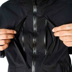 White Mountaineering / BLK GORE-TEX Paclite 50d Nylon Taffeta Coat