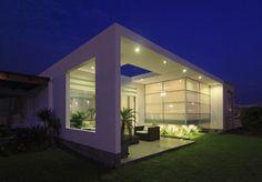 arquitetura-moderna-fachada-de-vidro-casa-de-praia-no-peru-pelos-arquitetos-da-gomez-torre-guerrero