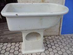 Bañera antigua de niño  de porcelana blanca muy antigua ideal decoracion y coleccionista de antiguedades