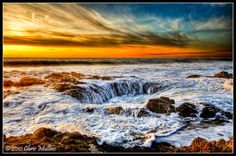 Thor's Well - Cape Perpetua is a Wildlife Park in Yachats. Plan your road trip to Thor's Well - Cape Perpetua in OR with Roadtrippers. Imagenes Wallpapers Hd, Chennai, Thors Well Oregon, Washington, Time And Tide, Web Design, Oregon Coast, Pacific Coast, Oregon Usa