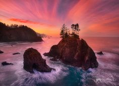 Southern Oregon Coast Sunrise by Chip Phillips, via Flickr