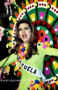 Traje Inspirado en la Guajira para Alicia Machado en Miss Universe..