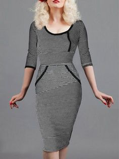 O-Neck Houndstooth Printed Half Sleeve Hip Package Big Size Midi Dress on buytrends.com